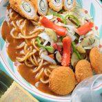 自家製生麺のスパゲッティ、又はリングイネのどちらかをお選び下さい