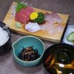 お値打ちな刺身定食 1050円!