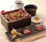 甘辛のソースで絡めた松喜屋オリジナルの一品。お子様にも人気です!