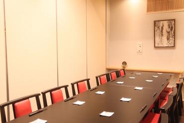 1階31席ステーキカウンター