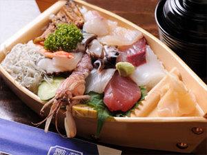 船盛りスタイルの、なんとちらし寿司。ボリューム満点です!
