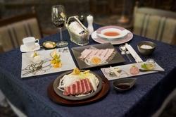 廣岡揮八郎が選び抜いた国産牛ヘレ(フィレ)ステーキフルコースをお楽しみください