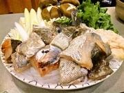 口取り、鱈鍋、鱈雑炊、香物、甘味