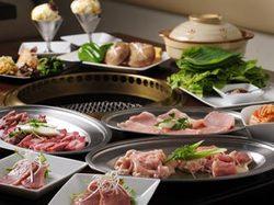 当店の特上肉料理を中心とした贅沢なコースメニューで御座います。(全19品)