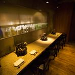オシャレな空間においしい料理、親密な相手との食事にぴったり
