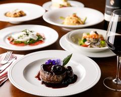 総料理長・梅原博克の旬の素材を生かしたシンプルでダイナミックな骨太のトスカーナ料理をお堪能下さい。