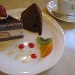 おいしいケーキとおいしいお茶と楽しいおしゃべりと♪
