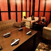 最も人気の高い完全個室の4名ソファー席