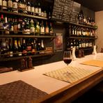カジュアルな雰囲気で気軽にお酒や料理が楽しめる