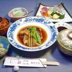彩コース(舌鼓度100%鯛あら煮・にぎり寿司・他4品)