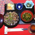 紅葉丼(鹿肉焼)1,200円