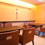 テーブル席(10名収容)