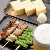晩酌セットは「生ビール」「一品」「串3本」が付いて1000円