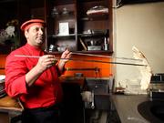 インド、ニューデリー、一流レストランのベテランコックと日本人コーディネーターによる、GARA自慢の料理