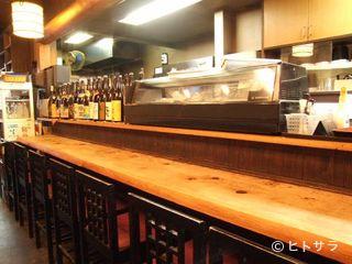 横濱 鳥鮮の料理・店内の画像2