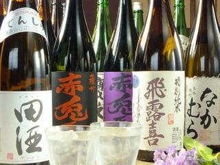 入手困難な焼酎や日本酒もございます。