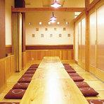 人数に応じた個室席を、各種ご用意しております