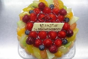フルーツデコレーションケーキ <3800円~>