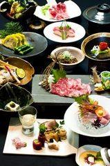熊本の美味を堪能できる郷土料理会席です。馬肉料理、辛子蓮根、一文字ぐるぐるなど名産が沢山!