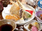三種の地魚天ぷら・茶碗蒸し・小鉢・御飯・味噌汁・御新香