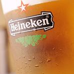 よく冷えたハイネケンの生ビールもあります