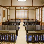 2階のお部屋では、最大30名様くらいの御宴会が可能です!
