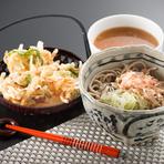 サクサクの天ぷらも自慢のひとつ