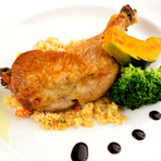 季節毎の食材を活かしたお料理をご堪能下さい