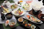 小鉢・おすすめ旬サラダ・本日のお造り盛合せ・串カツ盛・本日の肉料理・エビマヨ・焼そば・お寿司