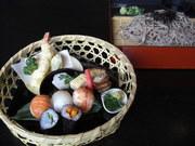 お寿司や、天ぷら、焼き物など、少しずつ欲張りなあなたに、(ミニうどん又は、ミニそば付)