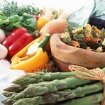地元・神奈川県産の旬の野菜をたっぷり使って彩り豊かに