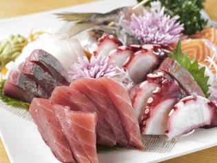 朝獲れの新鮮な魚を、リーズナブルな価格で提供しています
