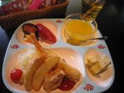 おさかなを食べて元気いっぱい! ジュース・お菓子付です。