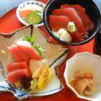 銚子港で採れた鮮度抜群の『魚介類』。その時旬のものをお造りで