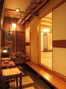2階には12名様迄の個室のお座敷席もご用意。