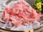 厳選された牛肉を使用したカルパッチョです。新鮮で牛肉の味が愉しめるワインとよく合う一品です。