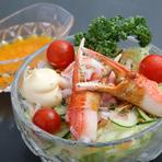 築地から仕入れた魚介と地元の安心・安全な野菜を使っています