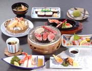 前菜、かに豆腐又は茶碗蒸し、タラバかに酢、タラバ造り、タラバステーキ、天婦羅、ご飯/太巻、フルーツ
