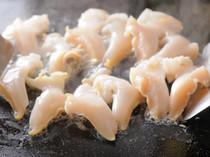 ツブ貝のバター焼き