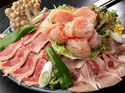 焼肉盛り合わせ+もんじゃ+お好み焼き+焼そば+あんこ巻き ボリューム満点の宴会コースです。