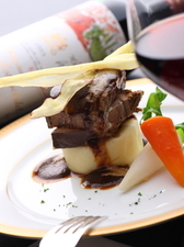 牛タンの赤ワイン煮