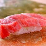 寿司屋の看板ネタのひとつ『煮穴子』