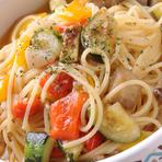 地中海野菜とホタテ貝柱のスパゲティ アーリオーリオ