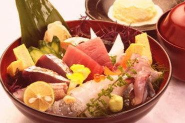 地さかな海鮮丼