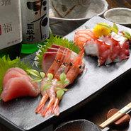日本酒との相性も抜群。旬の鮮魚をお楽しみ下さい。
