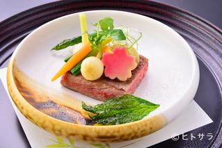 肉料理の一例『十勝牛ステーキ』