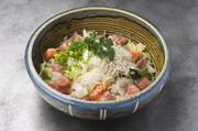 美容効果バッチリのトマトとアボカドのサラダ