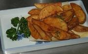 豆腐を熱々に揚げましたカリカリ食感をお召し上がり下さい。