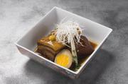 海老をふんわり揚げ、ぷりっとした海老の食感をお楽しみ下さい