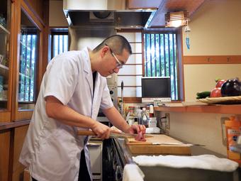 料理の基本、熱いものは熱く、冷たいものは冷たく、を守ります